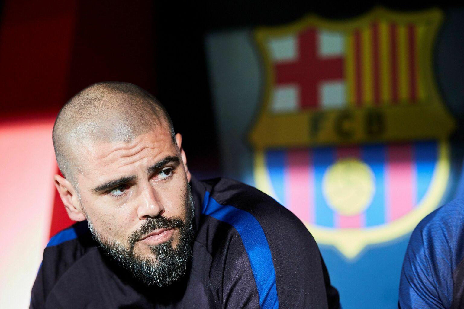 Barcelona Goalkeepers history - Valdes