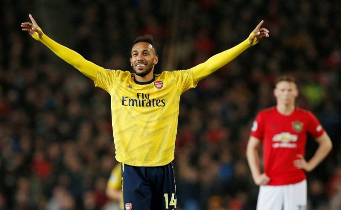 Barcelona eye Pierre-Emerick Aubameyang as Luis Suarez replacement