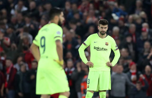 Pique calls journalist supporting the Barca board a