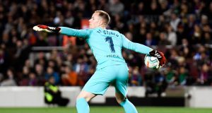 Barca puts Ter Stegen talks on hold