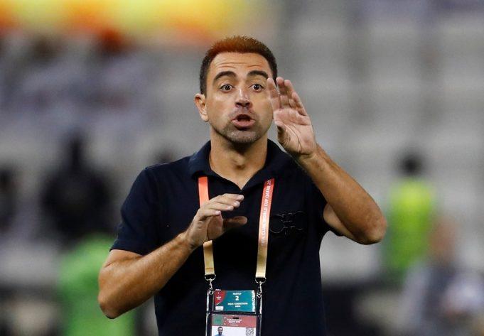 Xavi opens door ajar to Barcelona return