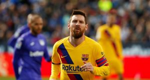 Messi sends message to Koeman as he confirms Barcelona stay