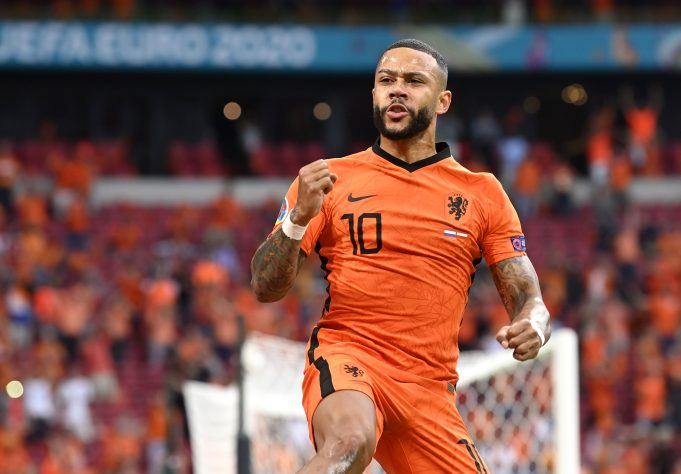 OFFICIAL: Memphis Depay joins Barcelona on a two-year deal