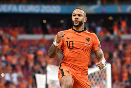 Memphis Depay looking forward to pairing up with Messi and Aguero