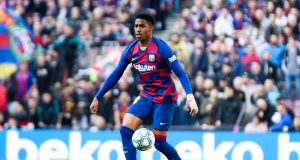 OFFICIAL: Leeds United signs Barcelona full-back Junior Firpo on a four-year deal
